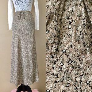 Vintage 90s Retro Daisy Floral Print Maxi Skirt